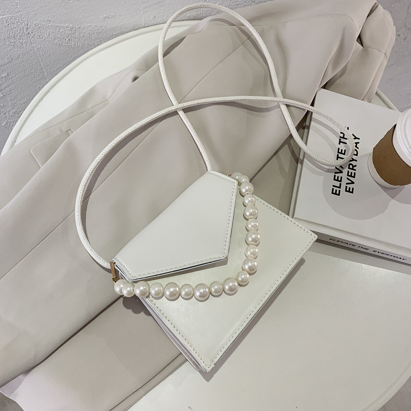 Fashionable Faux Leather Sling Bag with Pearl String for Formal Dates