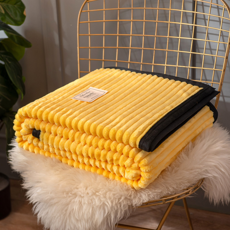 Ribbed Polyester Blanket for Warm Winters