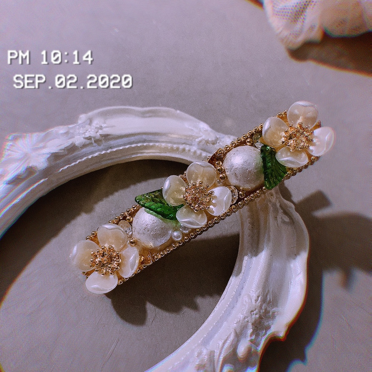 Floral Faux Pearl Hair Clips for Formal Events