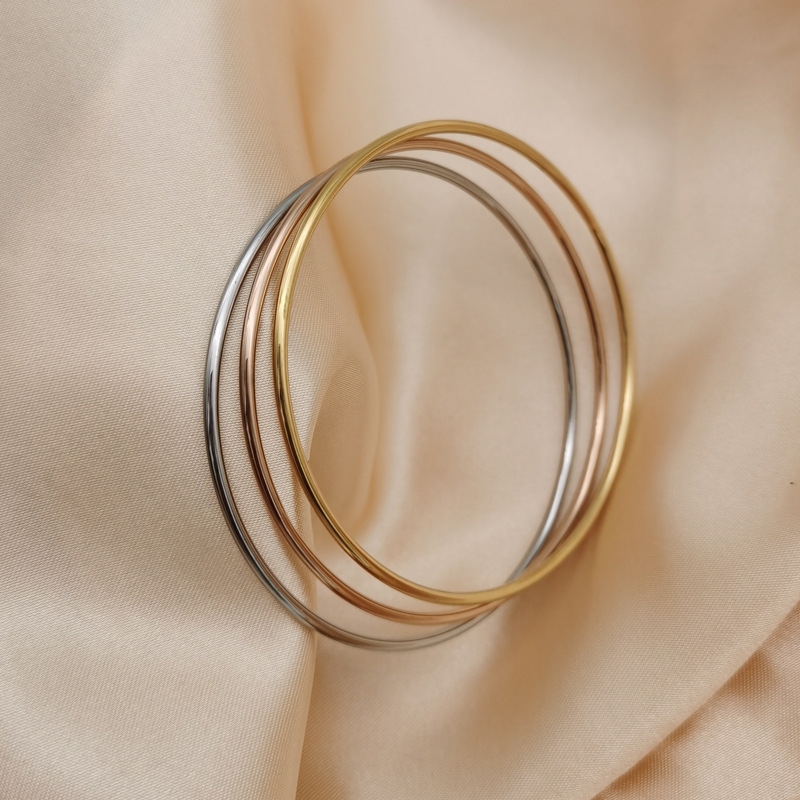 Cylindrical Titanium Steel Bangle for Mod Outfits