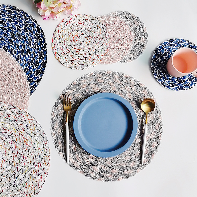 Creative Round Coaster/Tableware Mat for Fancy Dining Tables