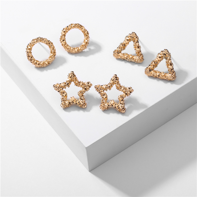 Lovely Shaped Earrings for Extra Accessories