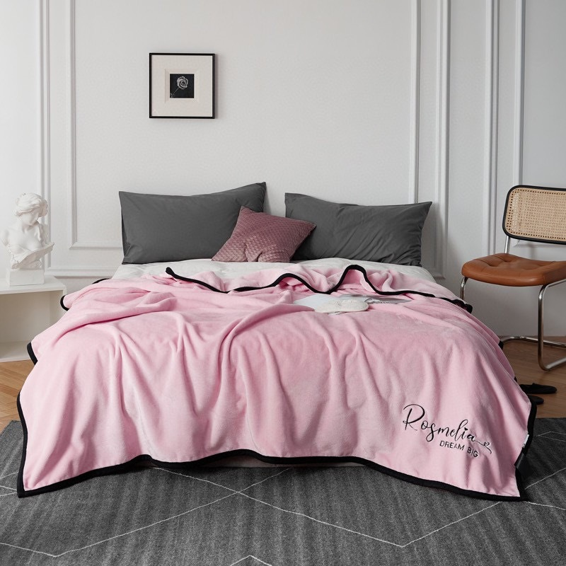 Snugly Embroidered Throw Blanket for Cold Days