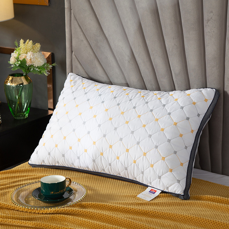 Soft Polyester Fiber Pillows for Luxurious Bedrooms