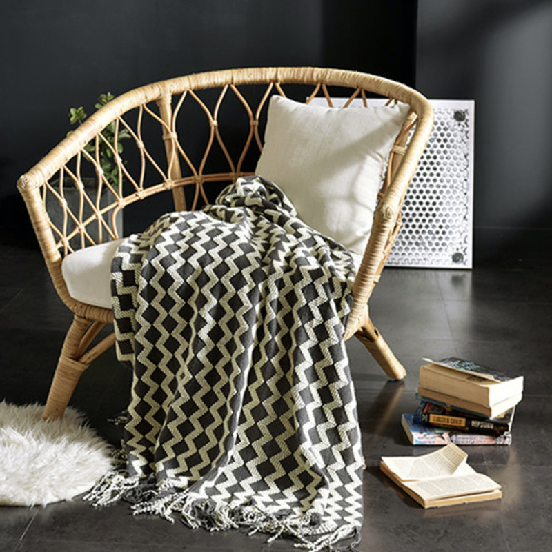 Simple Lightweight Knitted Wool Tassel Blanket for Napping