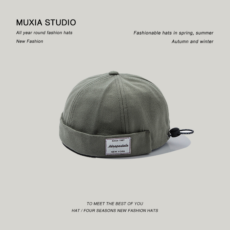 Stylish Adjustable Buckle Brimless Cap for Street-Style Outfits