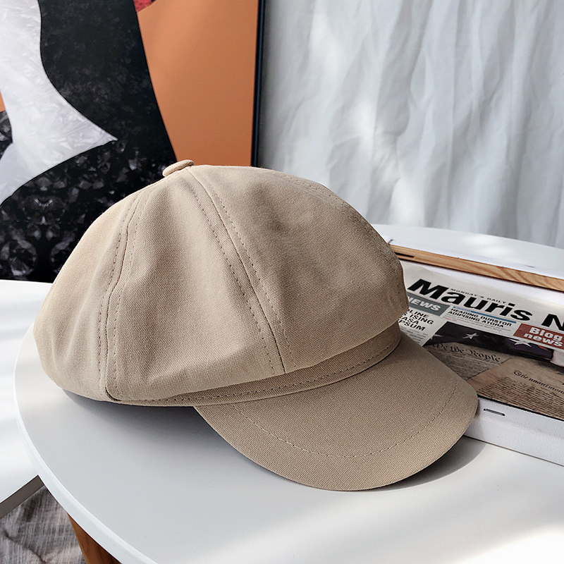 Retro Newsboy Cap for Blocking Out the Sun