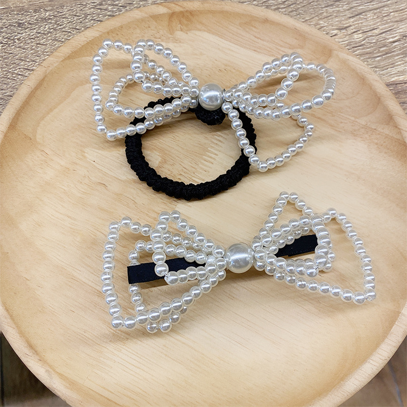 Beautiful Pearl Hair Tie for All Ages