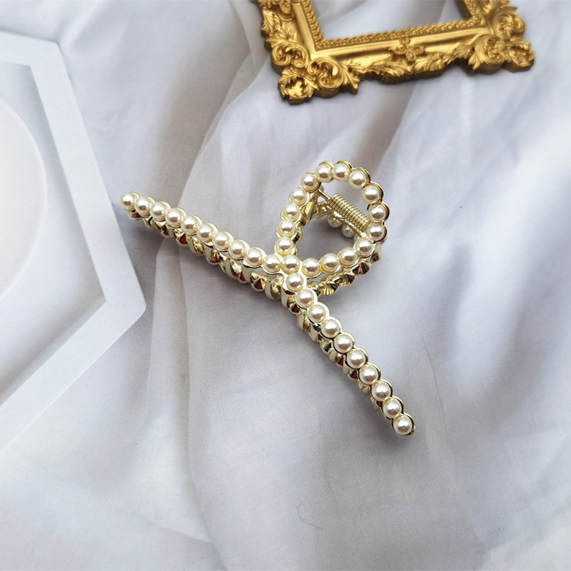 Classy Hair Claw Clip Designed with Faux Diamonds and Pearl for Any Occasion