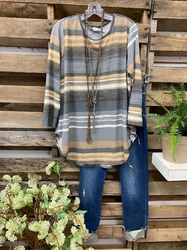 Striped Long-Sleeved Round Neck T-Shirt for Meeting Up with Friends
