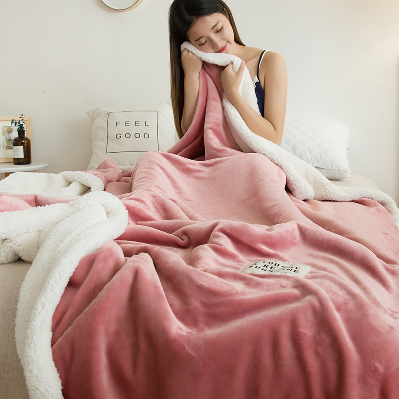 Solid Color Warm Polyester Blanket for Cold Room