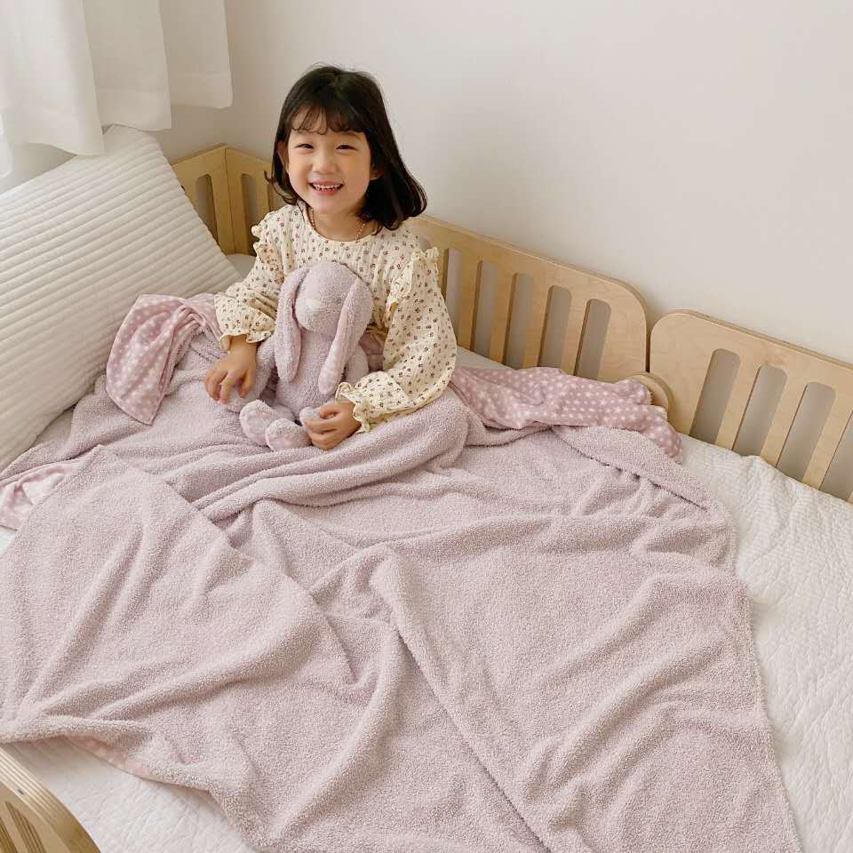 Awesome Duvet Blanket and Animal Stuffed Toy for a Good Buy
