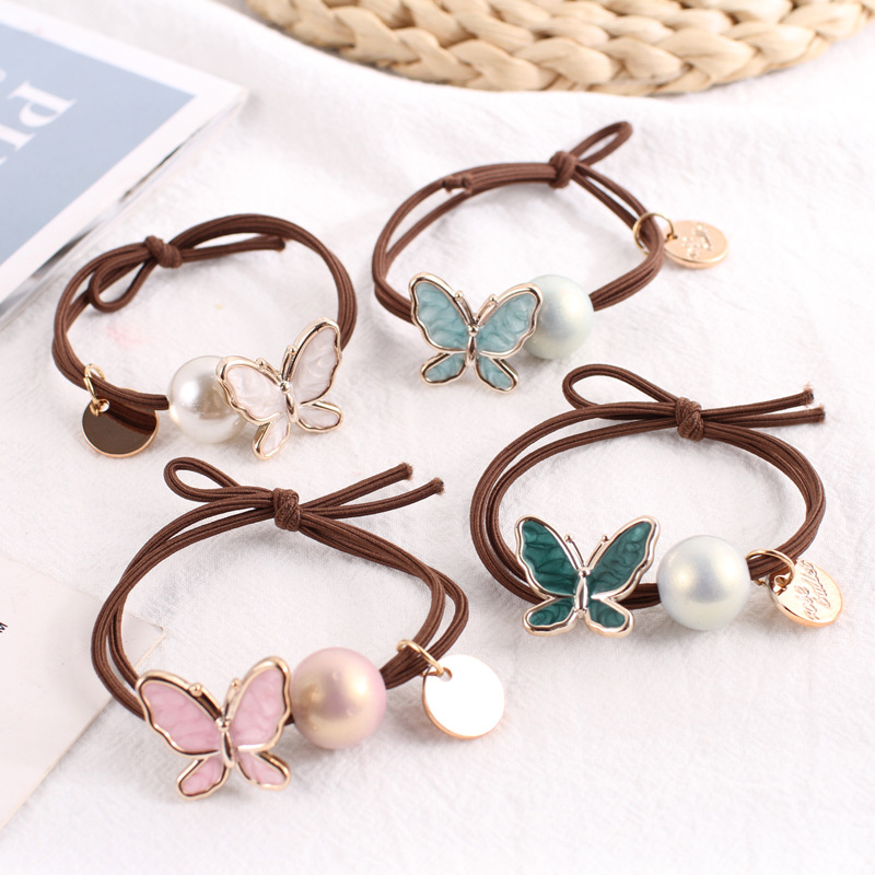 Modish Butterfly Hair Band For Cute Hair Accessory