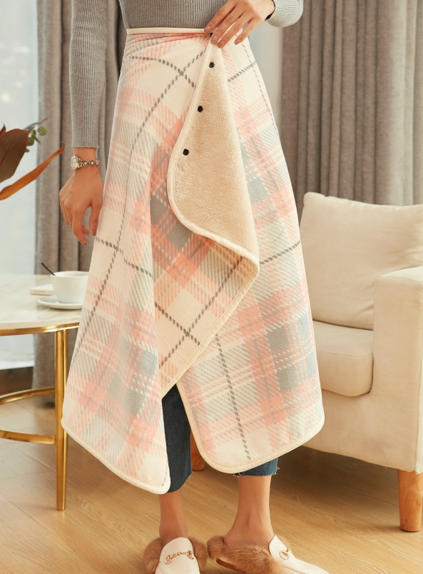 Prettiest Plaid Wearable Blankets for Ultimate Comfort