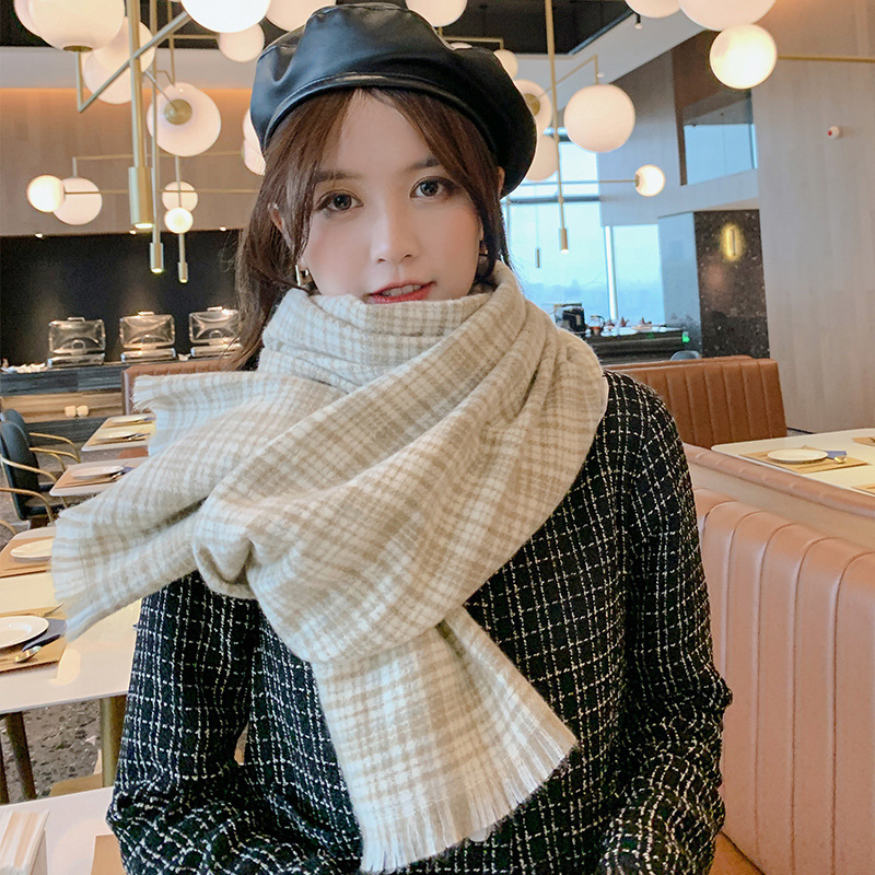 Thick and Quality Plaid Scarf for Winter Fashion