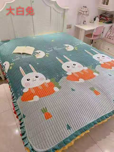 Naeve Warm Blanket Collection