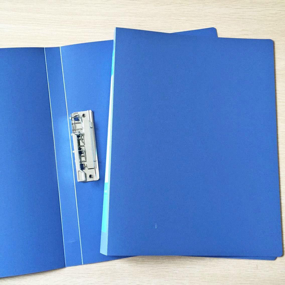 High-Quality Plastic Folder for Stationery Supplies