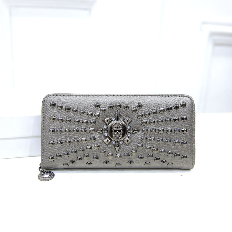 Skull Zipped Long Wallet with Rivets for Punk Enthusiasts