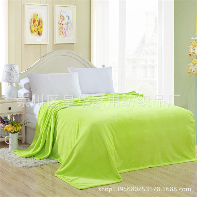 Bright-Hued Polyester Blankets for Lasting Quietude