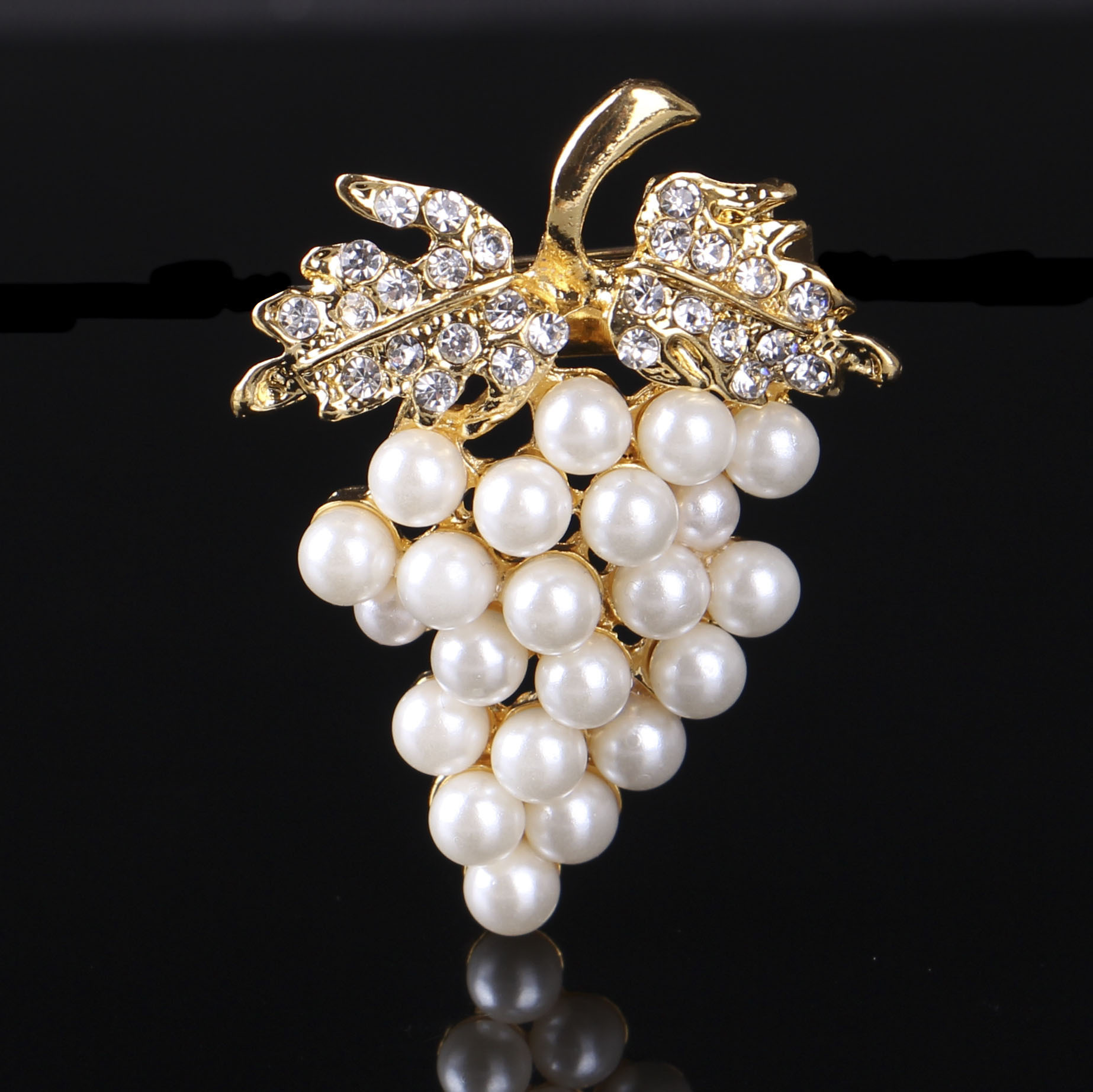 Finely Detailed Pearl Grape Fruit Brooch for Fashionable Look