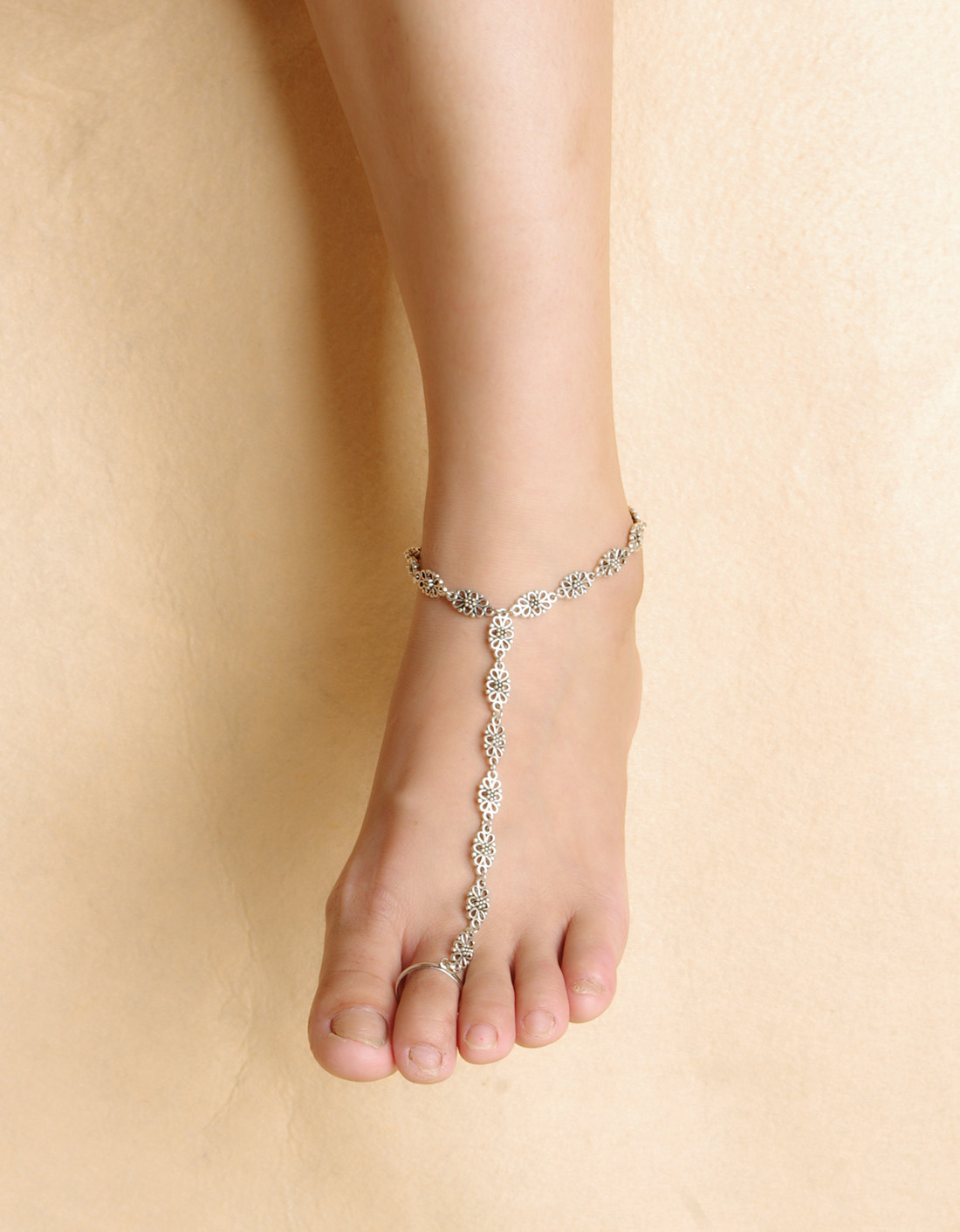 Exquisite Alloy Toe Ring Anklet for Beach Occasion