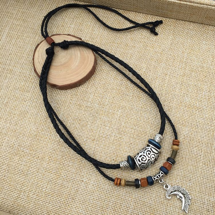 Tantalizing Hemp Rope Chain with Pendant and Wooden Beads for Themed Occasions