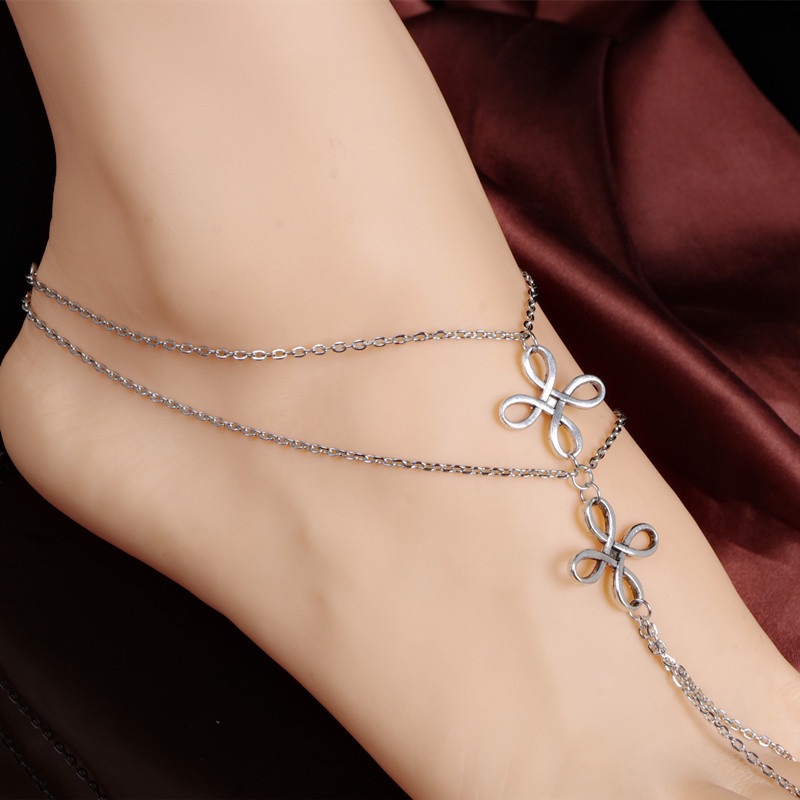 Vintage Floral Multi-Chain Anklet with Toe Ring for Beach Fashion