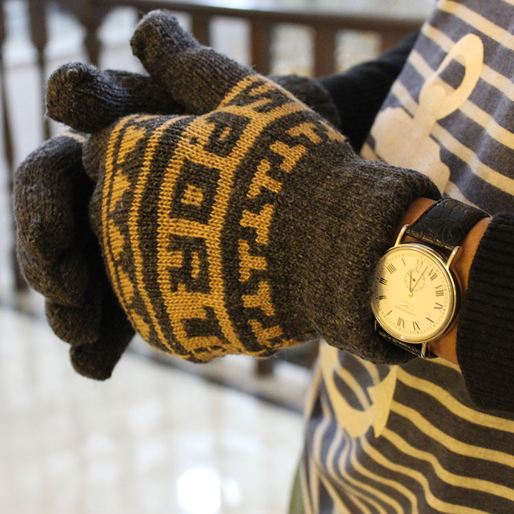 Comfy Knitted Cotton Gloves for Casual Winter Wear