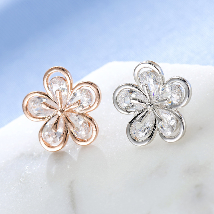 Beautiful Flower Brooch Pin for Formal Events