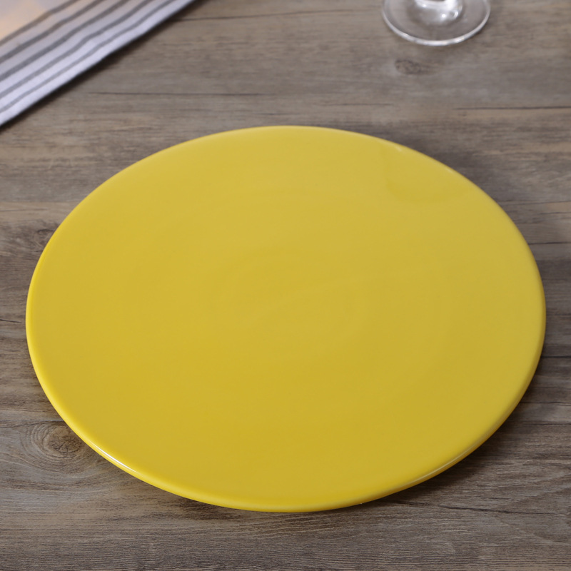 Simple Colored Porcelain Plate for Eating Meals