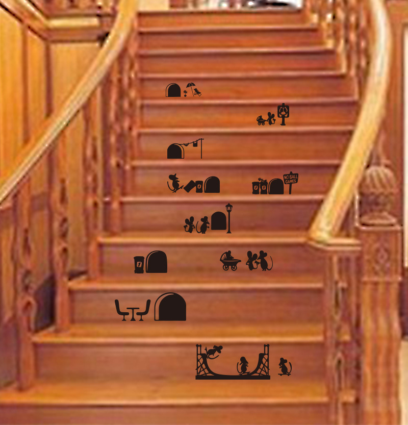Friendly Cartoon Mouse Wall Sticker for Stairs and Doors