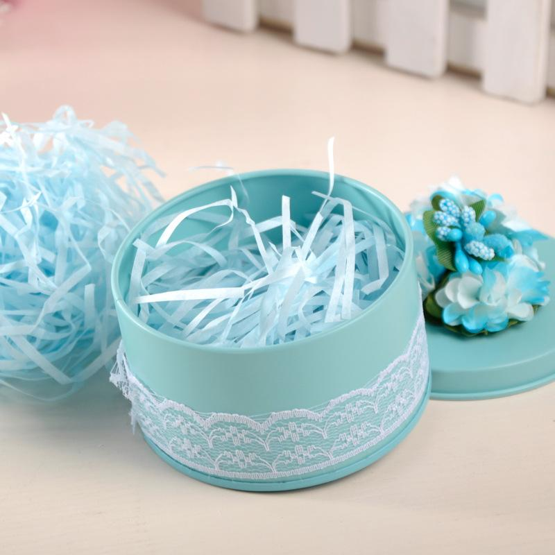 Gift Box with Shredded Paper