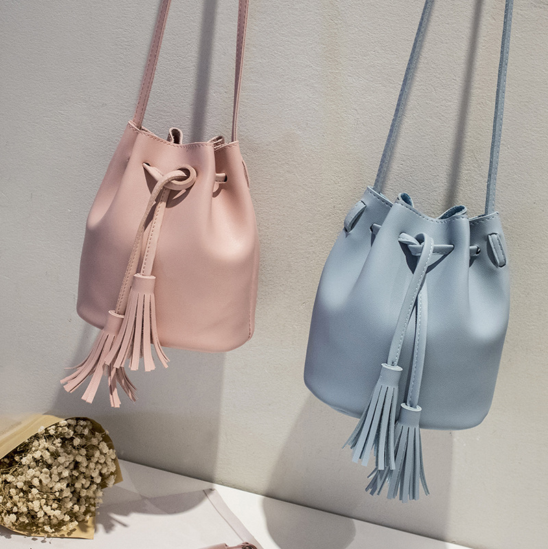 Plain Faux Leather Halle Bucket Bag for Daily Use
