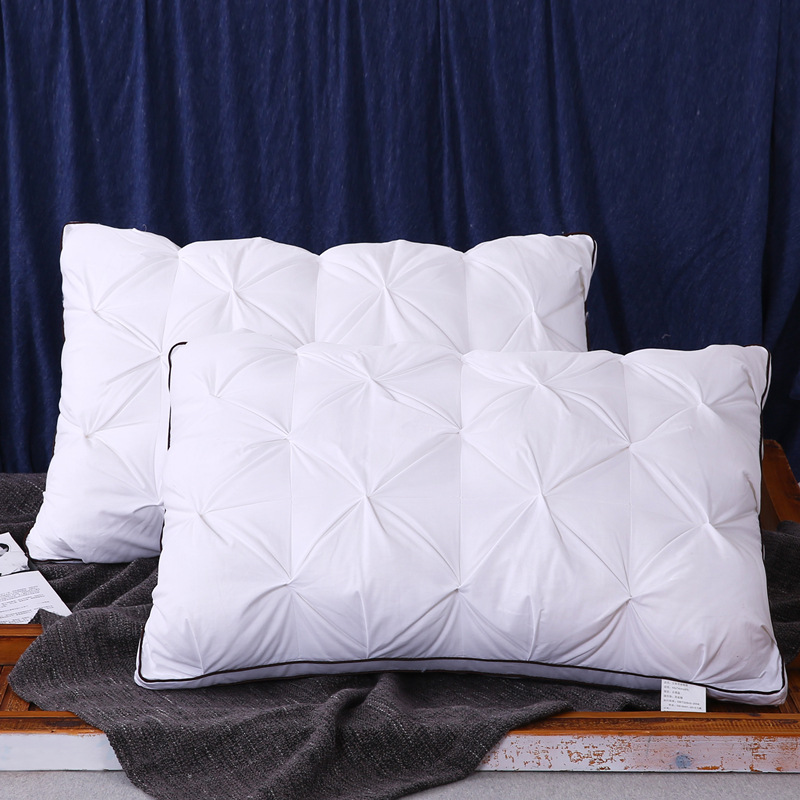 Comforting Polyester Fiber and Cotton Pillows for Extreme Durability