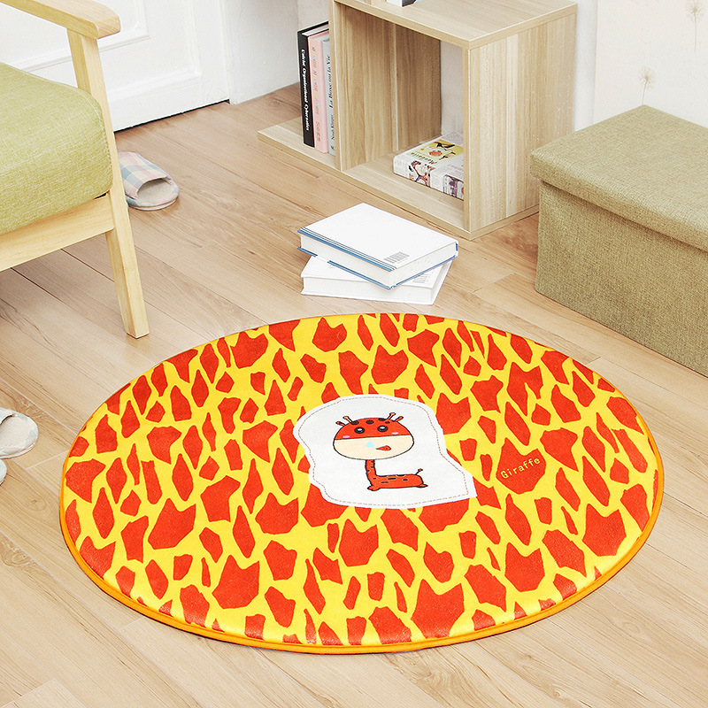 Quirky Round Floor Mat for Making Visitors Feel Invited
