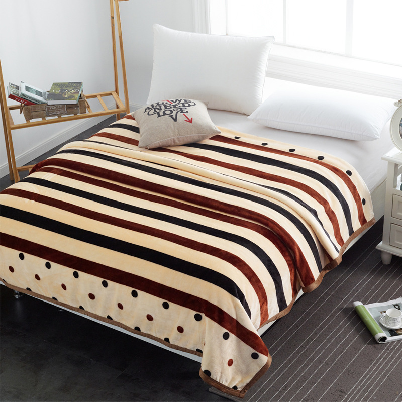 Practical Polyester Blankets for Bedrooms