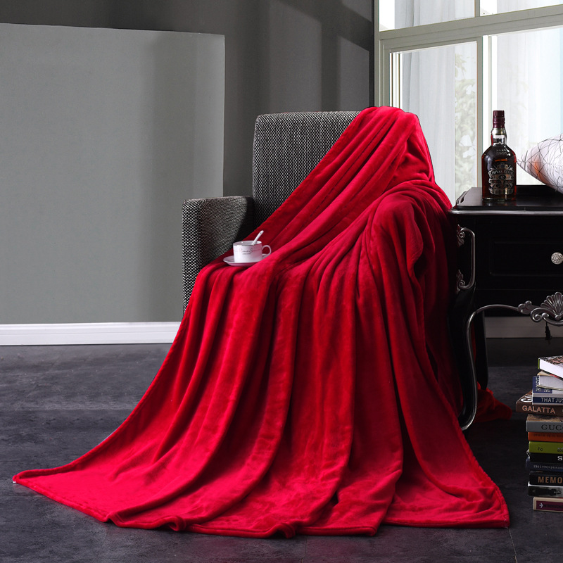 Plain Colored Polyester Blankets for Lengthy Naps
