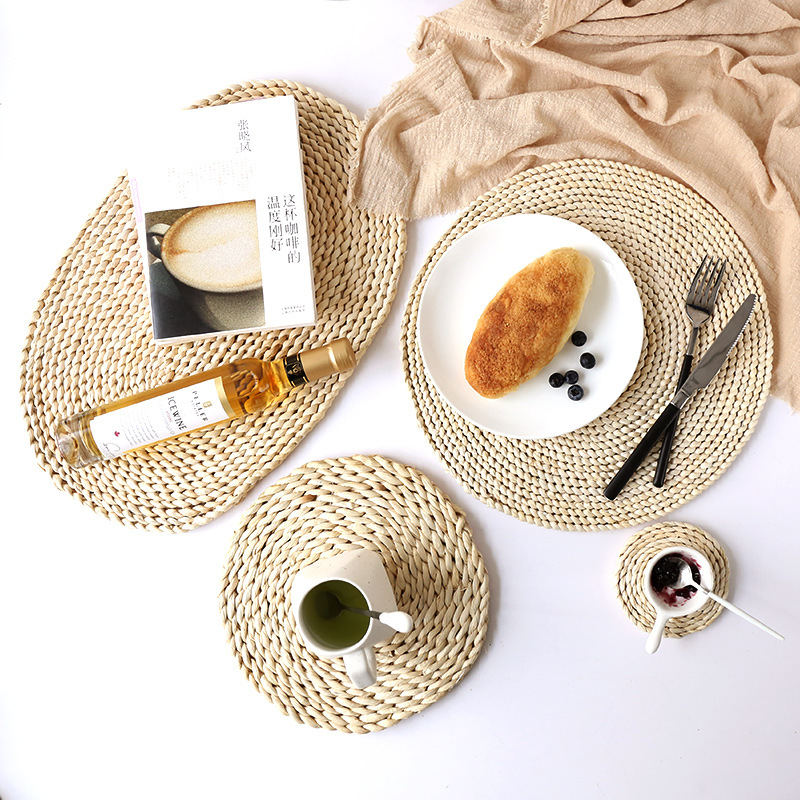 Native Woven Corn Husk Placemat for Minimalist Kitchens