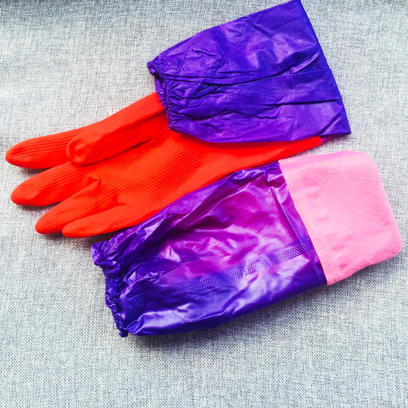 Useful Rubber Gloves for Cleaning and Maintaining Households