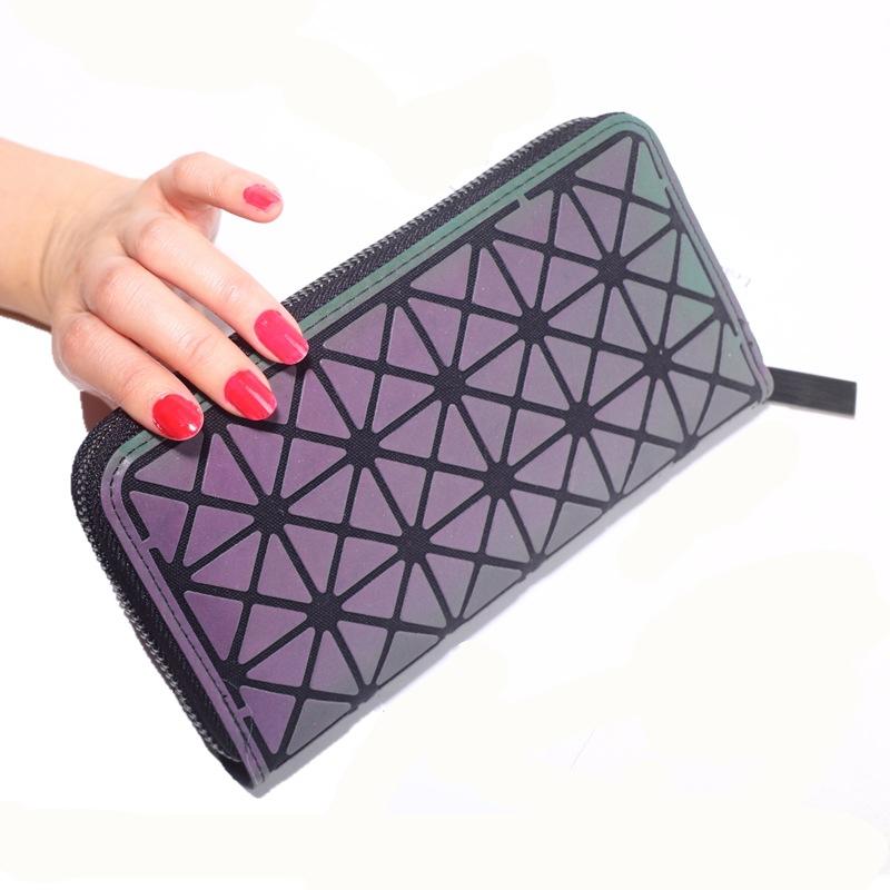 Glowing Geometric Art Zippered Wallet for Ladies