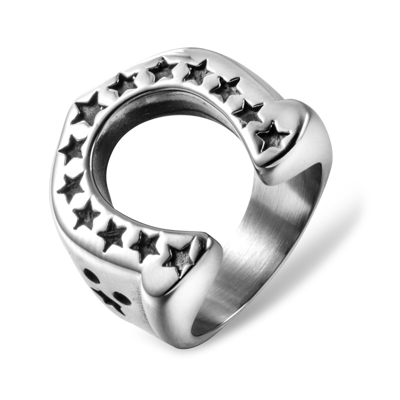 Entrancing Titanium Steel Ring with Star Design for Men's Jewelry