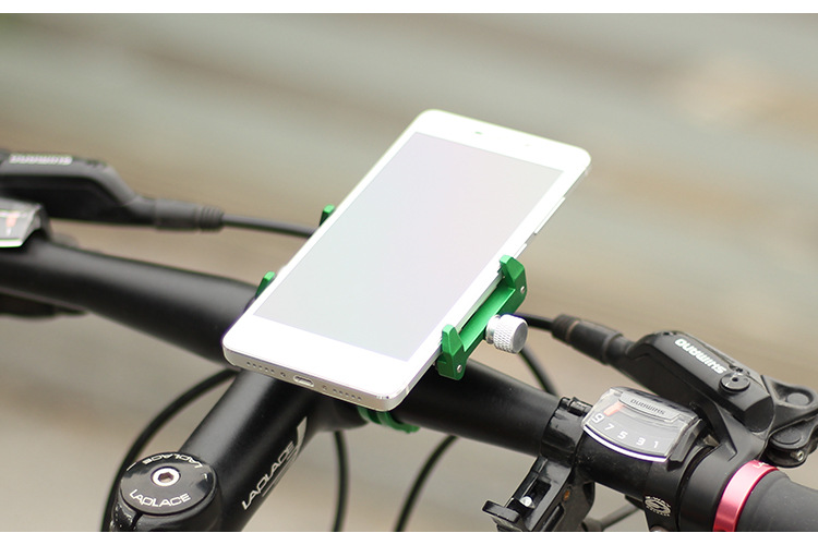 Simple and Functional Bike Mobile Phone Holder for Long Rides