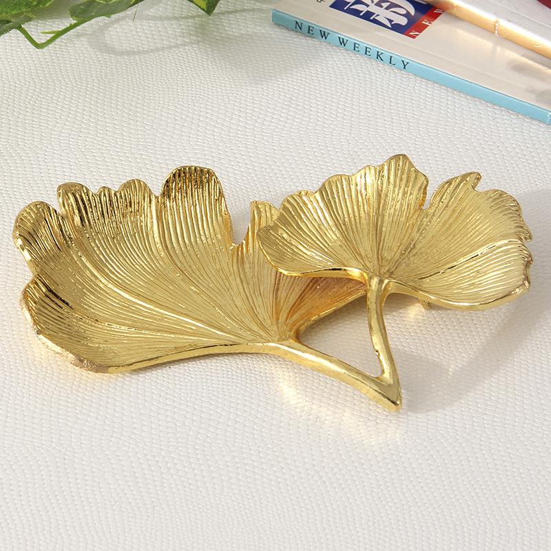 Golden Ginkgo Leaves Home Décor