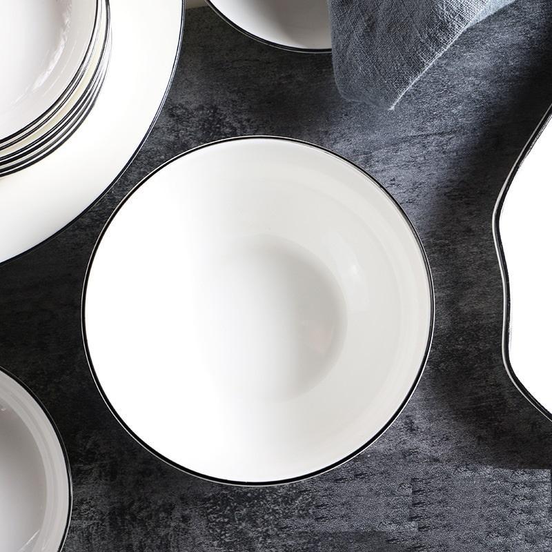 Classic 35-piece Dinnerware Set