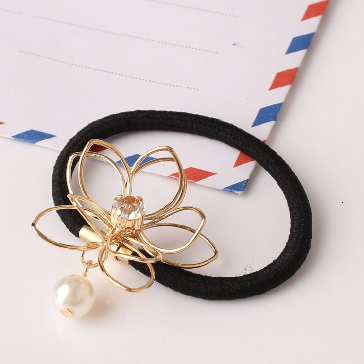 Lovely Lotus Hair Tie