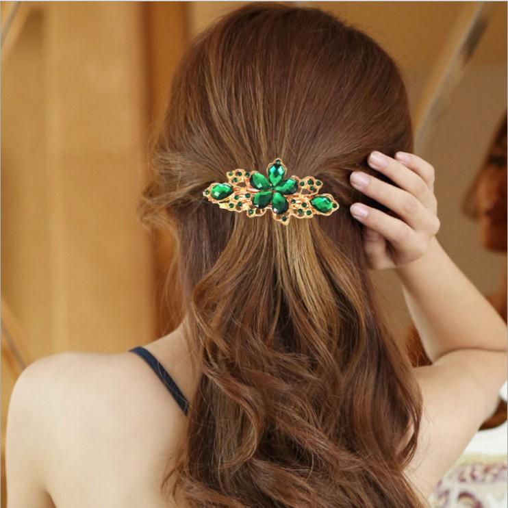 Posh Five-Leaf Flower Hairpin for Romantic Dinner