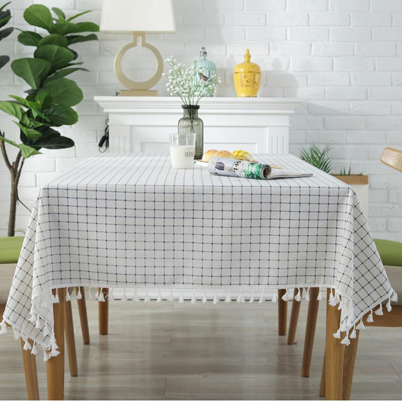 Classic Fringed Tablecloth