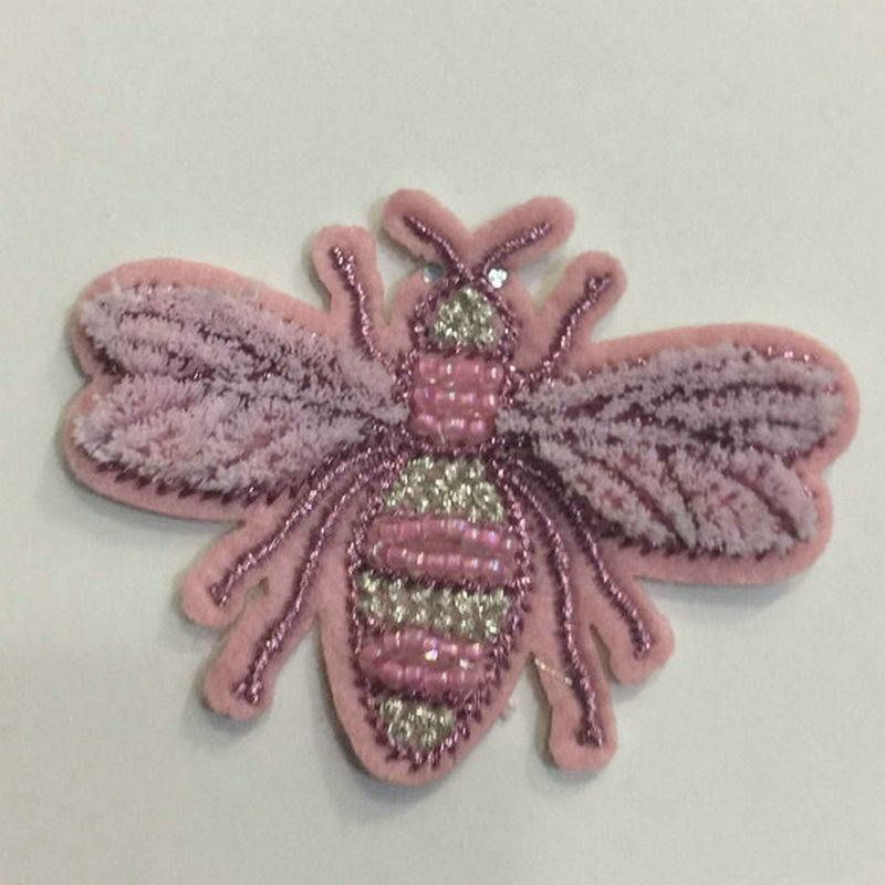 Cute Bee Polyester and Silk Embroidered Bee Patch for Clothes