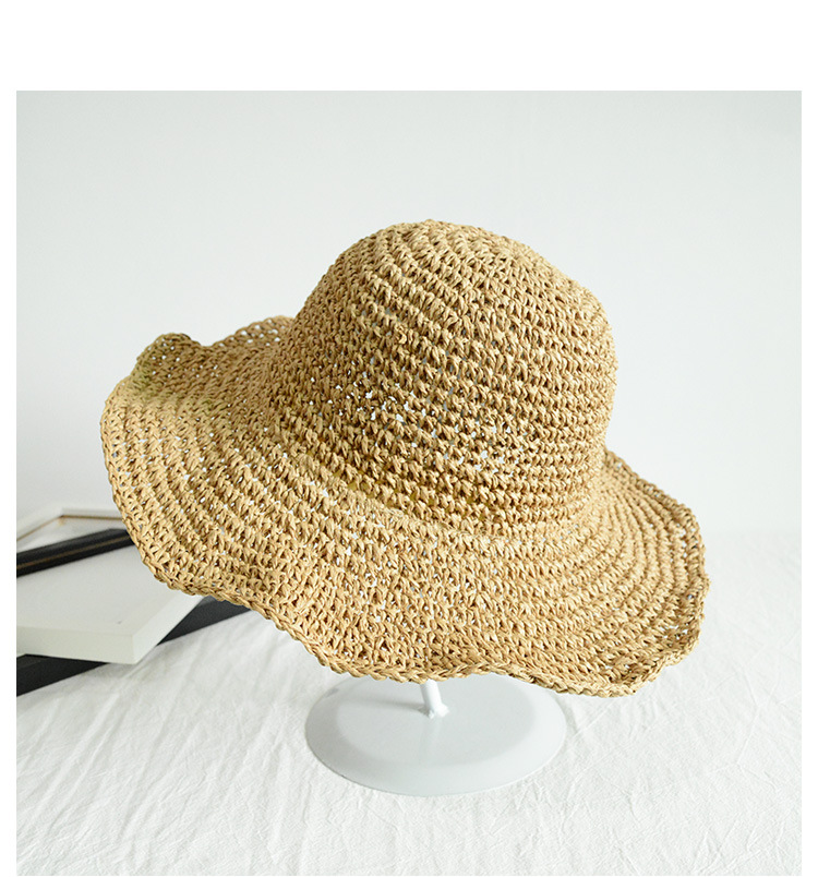 Stylish Flapped Straw Bucket Hat for Protection During Summer Vacation Trips