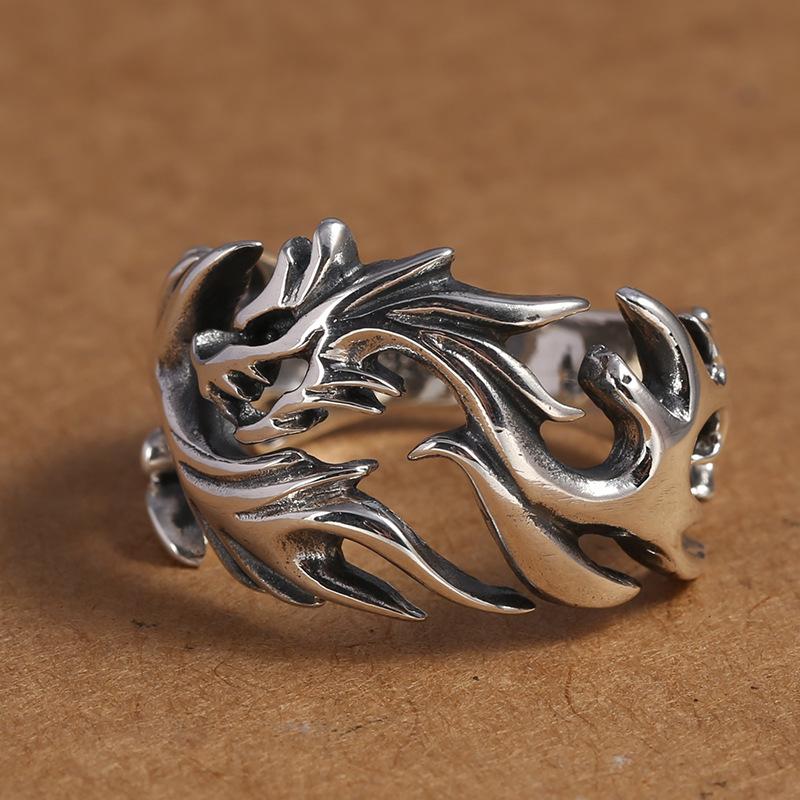 Gothic Hollow Dragon Ring to Match Punk Fashion